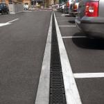 Einsatzgebiet Parkplatz: Recyfix Kunststoffrinnen sind längst nicht mehr auf den GaLaBau beschränkt.